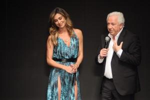 Belen Rodriguez, Stefano De Martino e Corona insieme a...