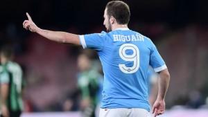 http://www.corrieredellosport.it/news/calcio/serie-a/2016/01/16-7608581/higuain_venti_su_venti_il_napoli_puo_sognare/