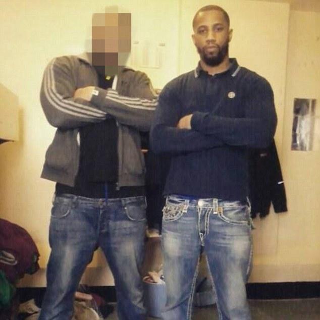 A capo della banda c'era Ishmael Brown (a destra della foto) che dirigeva le operazioni dalla sua cella in carcere