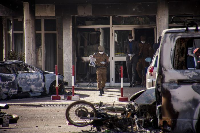 "Burkina Faso, Farnesina: ""Forse un italiano tra le vittime"" (foto Ansa)"