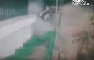 YOUTUBE Brasile, esplosione carcere: 100 detenuti fuggono