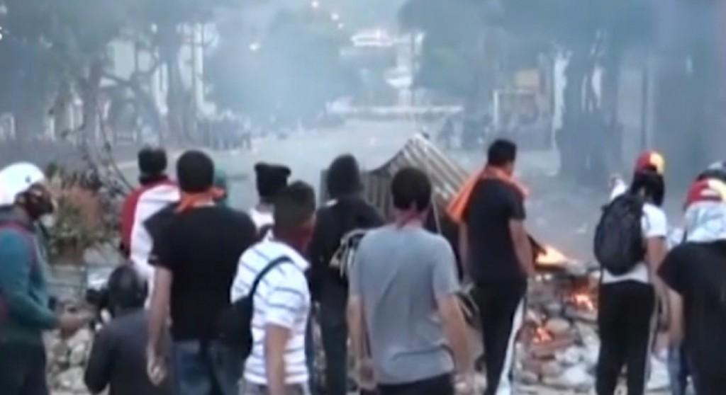 Caracas città più violenta del mondo. Venezuela rischia crac3