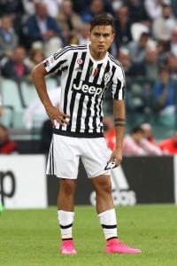 Guarda la versione ingrandita di Chievo - Juventus, Dybala nella foto LaPresse