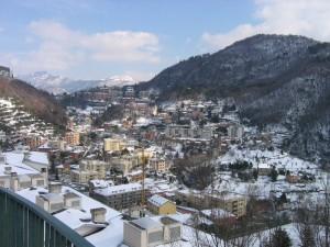 Guarda la versione ingrandita di Sant'Eusebio sotto la neve. L'amministratore di un condominio abitato da carabinieri e altri appartenenti alle forze dell'ordine avrebbe dirottato 100 mila euro