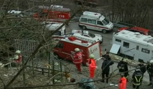 Guarda la versione ingrandita di Trentino, esplosione in una villetta: un morto