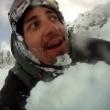 Snowboarder provoca valanga e la riprende con GoPro2