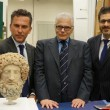 Getty Museum restituisce all'Italia la Testa di Ade-Barbablù 3