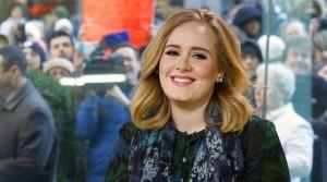 """Adele record di clic: """"Hello"""" batte Gangnam Style"""""""