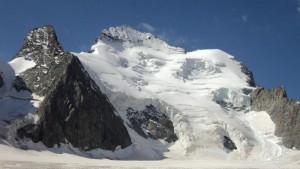 Valanga sulle Alpi travolge scolaresca: 2 morti, 5 dispersi