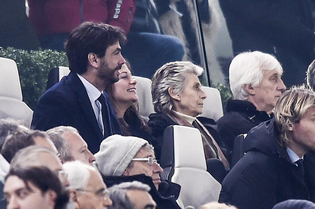 Andrea Agnelli e Deniz Akalin, baci a Juventus Stadium FOTO11