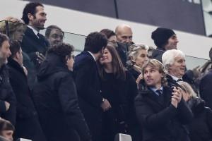 Guarda la versione ingrandita di Andrea Agnelli e Deniz Akalin, baci a Juventus Stadium FOTO