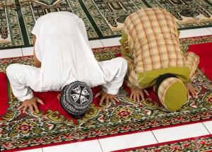 Guarda la versione ingrandita di Pakistan: imam lo accusa di blasfemia, 15enne si taglia mano
