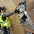 Banksy critica gestione profughi Calais: censurato4