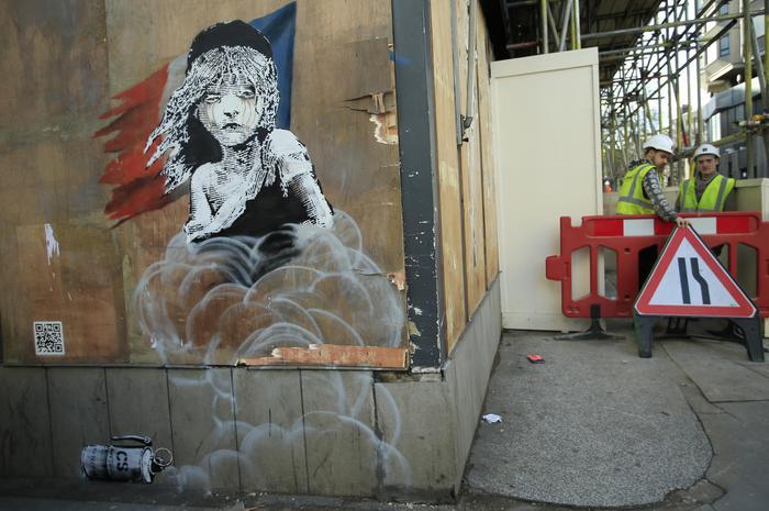 Banksy critica gestione profughi Calais: censurato3