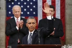 Barack Obama: Siamo più forti. E cita Papa: No odio e paura