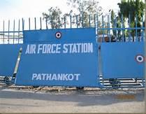 Guarda la versione ingrandita di La base aerea di Pathankot