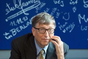 Guarda la versione ingrandita di Bill Gates è il fondatore e presidente onorario di Microsoft. Secondo Forbes nel 2015 è ancora l'uomo più ricco del mondo