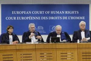 Bolzaneto, offerti 45mila € vittime per evitare condanne Ue
