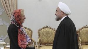 """Statue coperte e custodi solo maschi: la """"sharia"""" capitolina"""