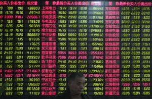 Borse, nuovo crollo in Cina: scambi sospesi