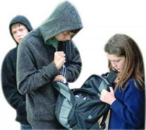 """Ex bulla a 12enne che tentò suicidio: """"Non mollare mai"""""""