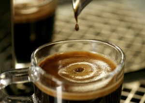 Guarda la versione ingrandita di Caffè, tè e cioccolato non fanno male al cuore. Anzi... (foto Ansa)