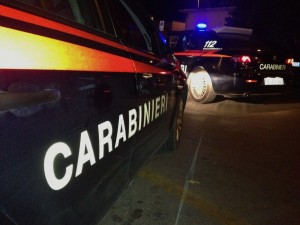 Milano, ubriaco falcia passanti. Arrestato, evita il carcere