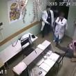 cazzotto a paziente e lo uccide: 9 anni carcere4