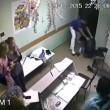 cazzotto a paziente e lo uccide: 9 anni carcere2