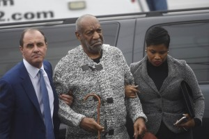Bill Cosby evita 2 processi. Restano decine denunce stupro