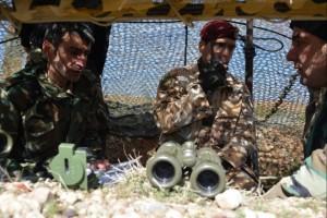 Guarda la versione ingrandita di Isis, militari italiani addestrano curdi ad uso mortai FOTO