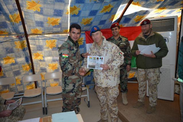 Isis, militari italiani addestrano curdi ad uso mortai FOTO06