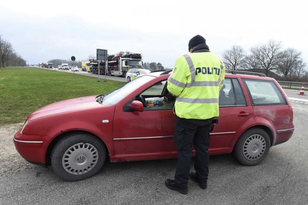 Svizzera come Danimarca: confisca beni ai rifugiati 6
