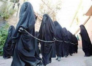Isis, test di verginità sulle donne fuggite al Califfato