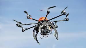 Guarda la versione ingrandita di Abbatte drone che sorvola casa sua: a processo. Poteva o no?