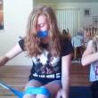 YOUTUBE Duct Tape Challenge. Sfida virale fa quasi il morto