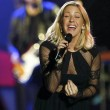 "Ellie Goulding: ""Per una canzone volevano uscire a cena"" 5"