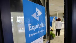 Guarda la versione ingrandita di Equitalia gli chiede debito di 1,64 euro...