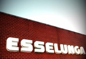 Supermercati Esselunga aperti domenica: accordo sindacati