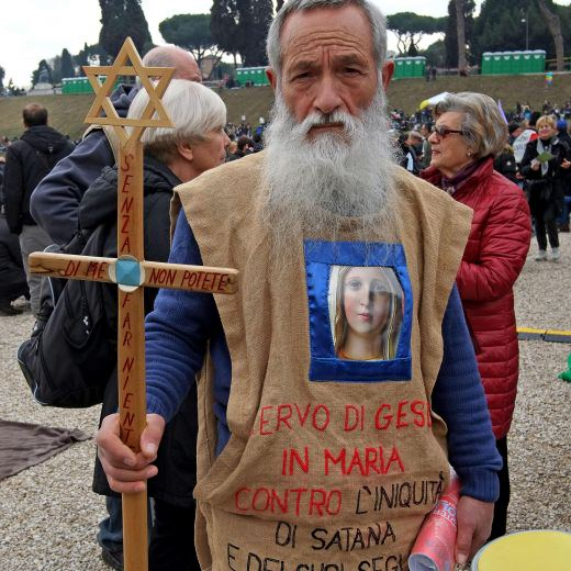"""family6Family Day, striscione: """"Renzi ci ricorderemo"""" FOTO 8"""