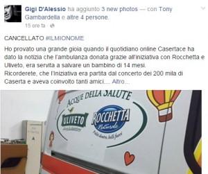 Guarda la versione ingrandita di Gigi D'Alessio regala ambulanza. Ma cancellano suo nome FOTO