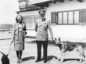 """Guarda la versione ingrandita di """"Hitler e Eva Braun non si uccisero: fuggirono in Argentina"""""""