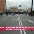 Ilva Genova, lavoratori protestano e bloccano strada FOTO