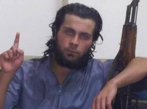 Guarda la versione ingrandita di Vuole entrare nell'Isis e madre glielo impedisce: la uccide