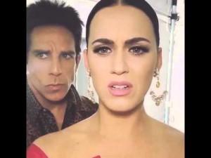 """Guarda la versione ingrandita di Katy Perry interrotta da Ben Stiller mentre canta """"Relax"""""""