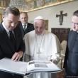 """Leo DiCaprio saluta Papa in italiano: """"Grazie per l'udienza""""01"""