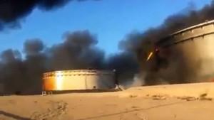 Libia, camion bomba contro sede polizia: decine di morti