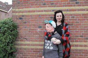 Guarda la versione ingrandita di Mamma sostituisce figlio con pupazzo: l'ha fatto per… FOTO