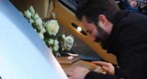 Giovanna Lazzari morta per infezione. VIDEO funerali