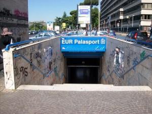 Guarda la versione ingrandita di Roma, metro B e trenino Lido Ostia in tilt: guasti e disagi